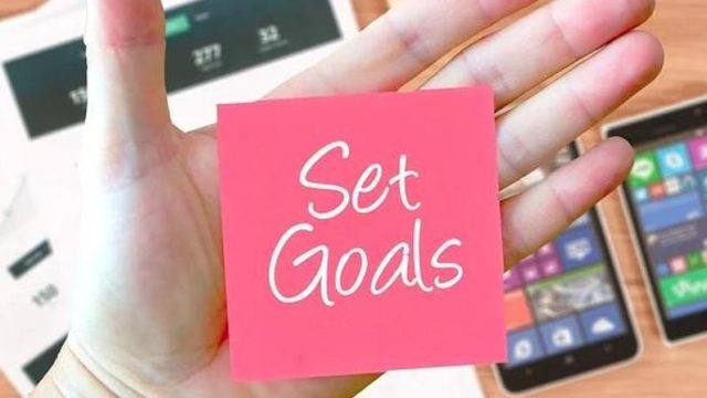 ネットビジネスで稼ぐための正しい目標設定とは?成功者の思考法についても